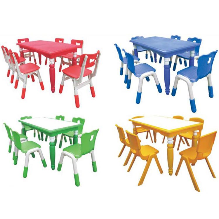 Children's table and chairs (1)
